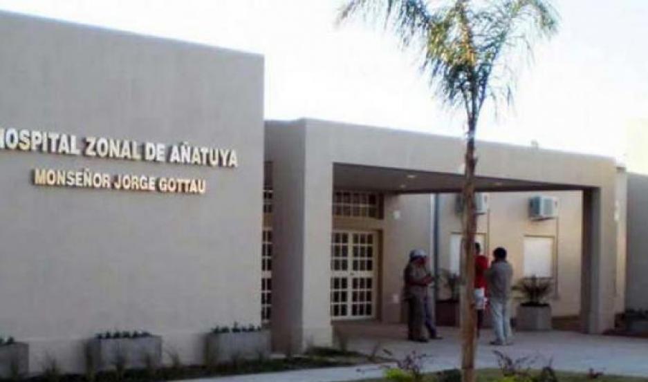 Fue internada en el hospital de Añatuya.