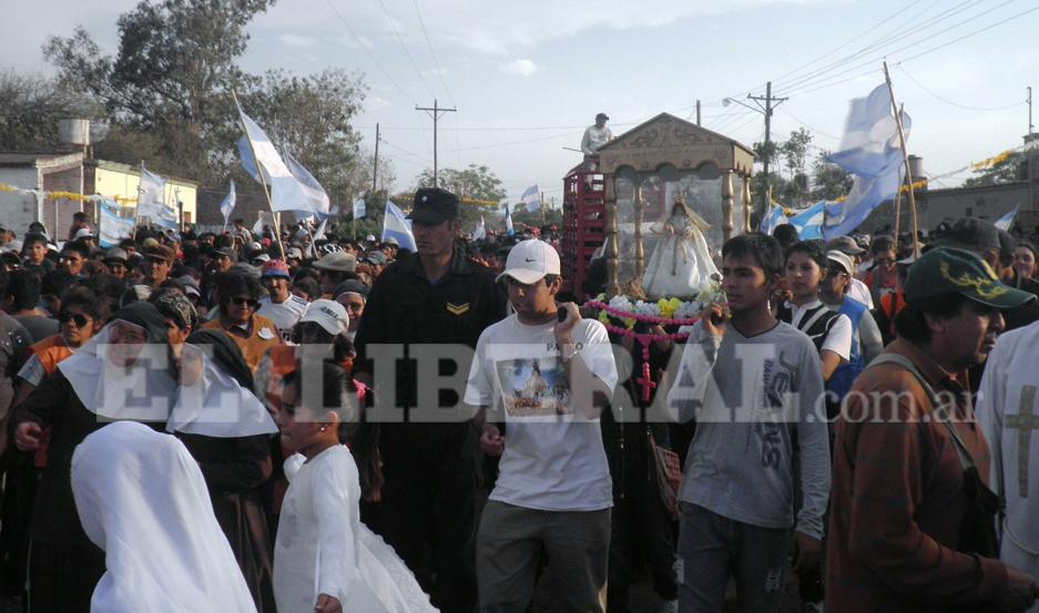 Monte Quemado se prepara para la festividad de la Virgen del Carballo